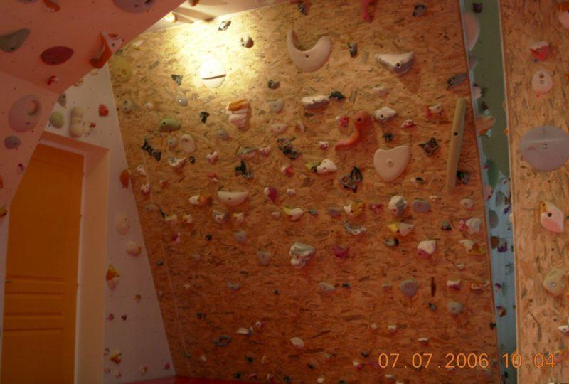 Structure artificielle d'escalade – Club alpin français à Saoû - 3