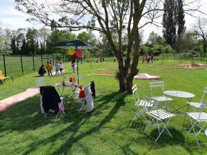 Mini golf - jeu en extérieur - enfant - famille - pique-nique