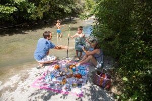 Pique-nique - rivière - Roche St Secret- famille
