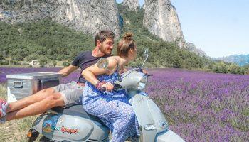 scoot nomad balade en famille à scooter et roulotte en drome provençale