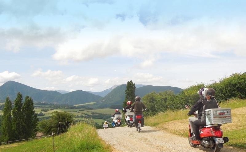 Scooter Nomad – Balades à scooter (électrique ou classique) et Mobylette à Marsanne - 16