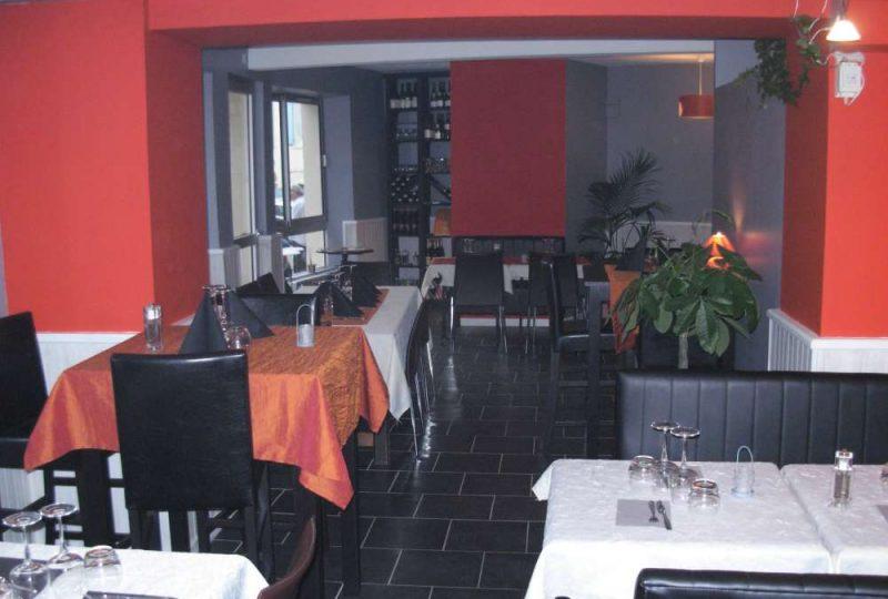 Le Café du Centre à Bourdeaux - 0