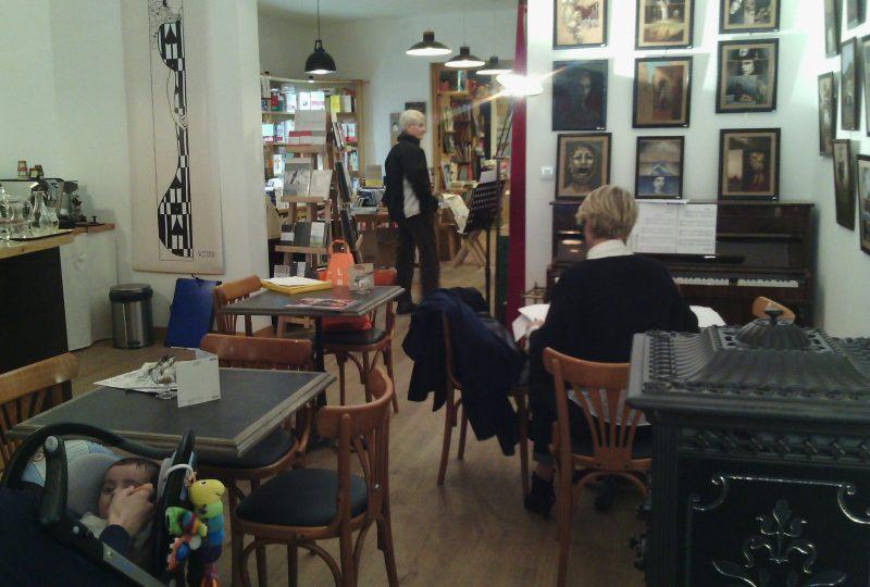 Librairie Sauts et Gambades à Dieulefit - 0