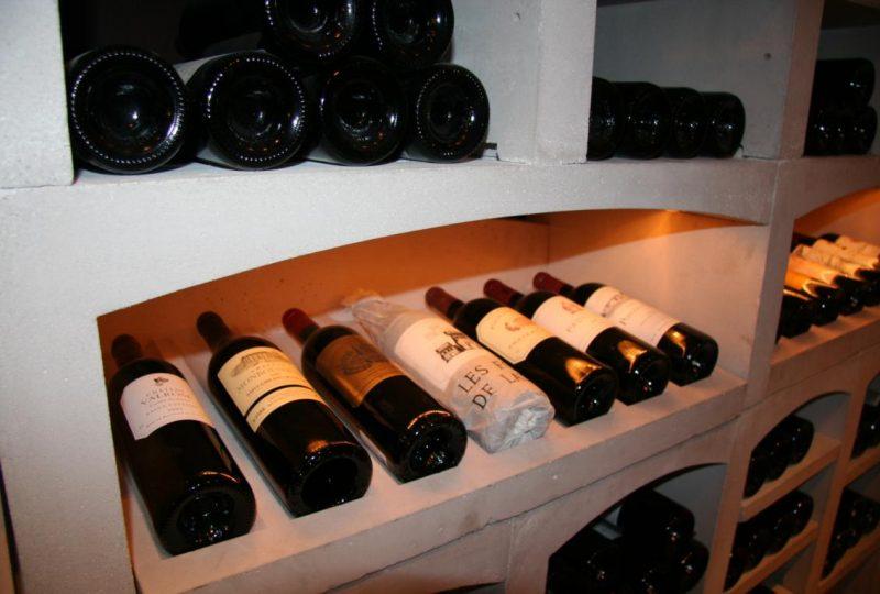 Le Vin Poète à Le Poët-Laval - 1