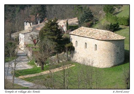 Mairie des Tonils à Les Tonils - 0