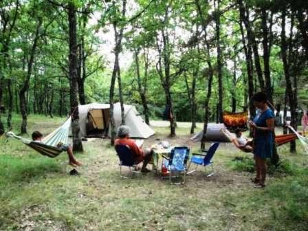 Camping à la Ferme Tzig'Ane à Bourdeaux - 0