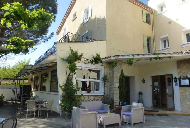 Hôtel-Restaurant Auberge de l'Escargot d'Or à Dieulefit - 0