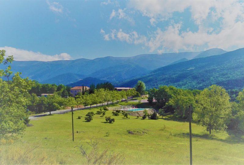 Domaine de Damian – Centre d'hébergement touristique à Vesc - 0