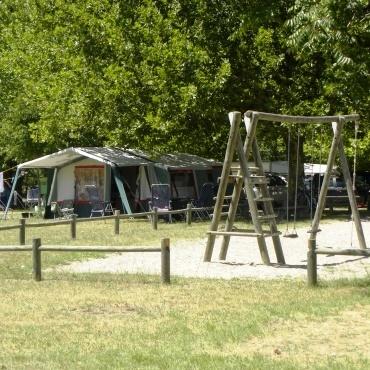 Camping Lorette à Le Poët-Laval - 3
