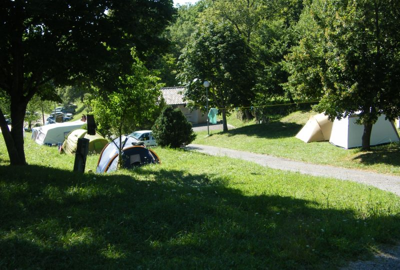 Camping les Châtaigniers à Eyzahut - 1