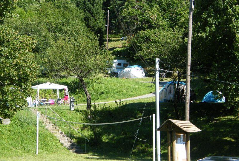 Camping les Châtaigniers à Eyzahut - 4